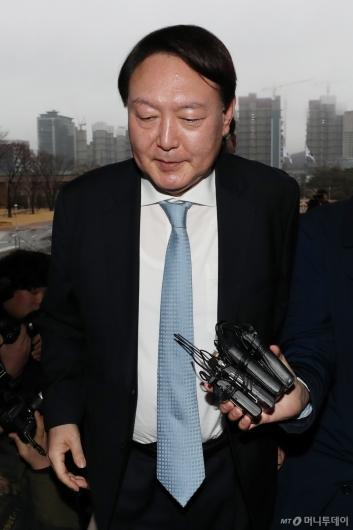 [사진]윤석열 '묵묵부답'