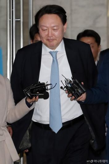 [사진]'묵묵부답' 윤석열