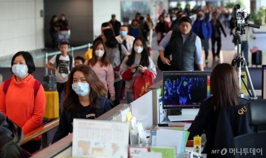 [사진]인천공항, 중국발 폐렴 검역