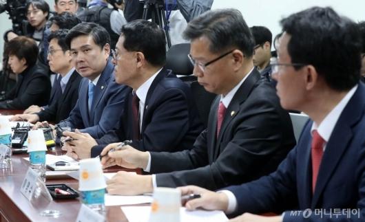 [사진]보수통합 혁통위 발언하는 지상욱
