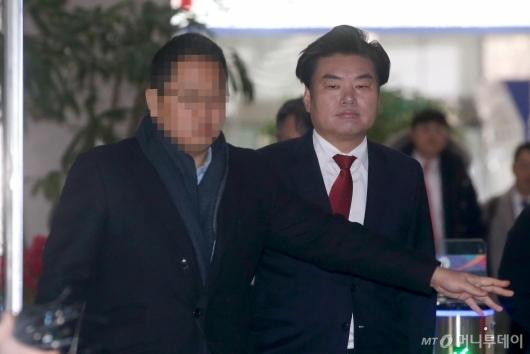 [사진]원유철, 1심서 징역 10월...의원직 상실 위기