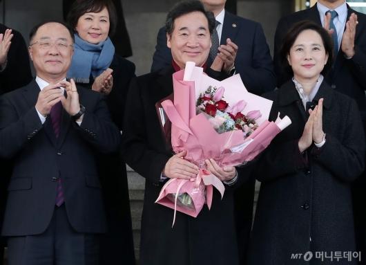 [사진]최장수 총리직 재임한 이낙연 전 국무총리