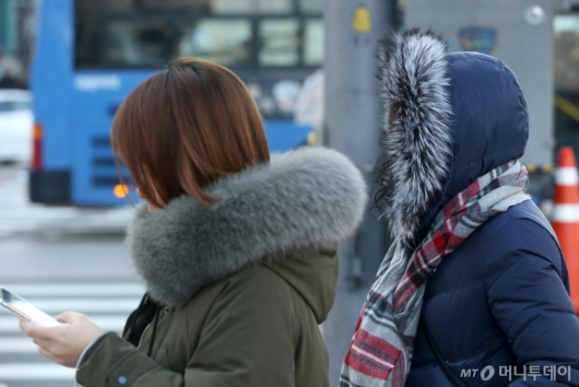 [사진]전국 영하권 출근길...경기·강원 한파특보