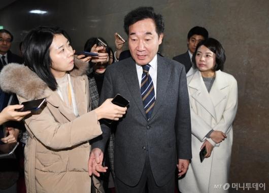 [사진]국회 돌아온 이낙연 전 총리