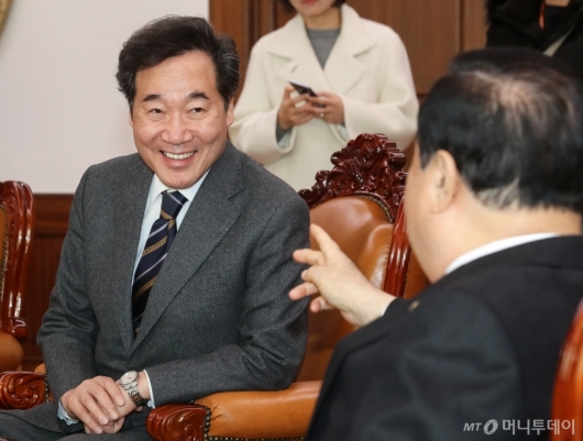 [사진]이낙연 전 총리, 문희상 국회의장 예방