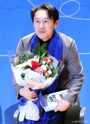 [사진]민주당 입당한 이탄희 전 판사