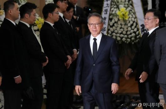 [사진]조문 마친 김형오 전 국회의장
