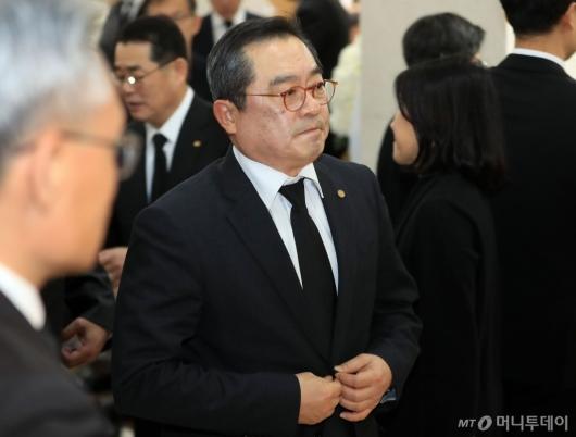 [사진]신격호 명예회장 빈소 찾은 구자열 회장