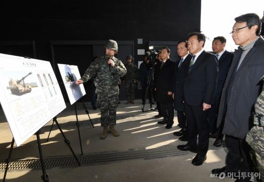 [사진]손학규, 설 맞이 군부대 방문
