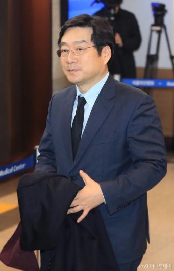 [사진]고 신격호 회장 빈소 찾은 유승호 사장