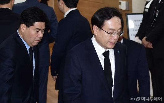 [사진]조문 마친 손태승 우리금융그룹 회장
