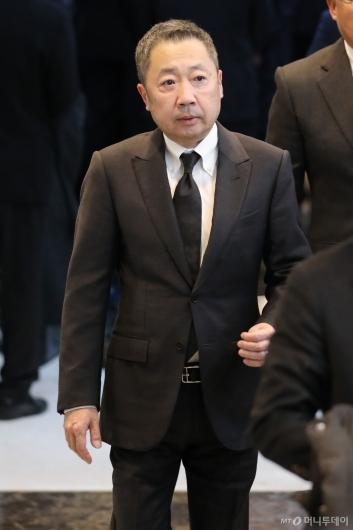 [사진]박정원 두산 회장, 故 신격호 명예회장 빈소 조문