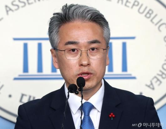 [사진]박종국 전 편집장 민주당 입당