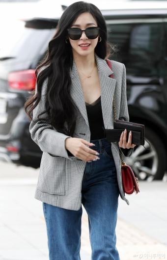 [사진]티파니 영 '미소 머금고'