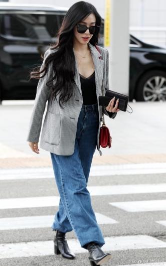 [사진]티파니 영 '믹스매치 공항패션'