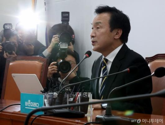 [사진]안철수 제안 거절하는 손학규 대표