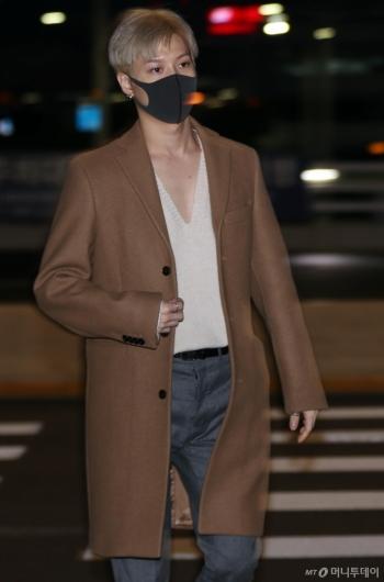 [사진]슈퍼엠 태민 '댄디한 매력의 공항패션'