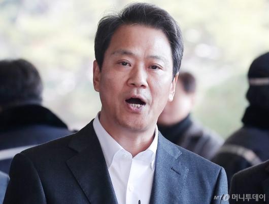 [사진]선거개입 의혹 받는 임종석 전 대통령 비서실장