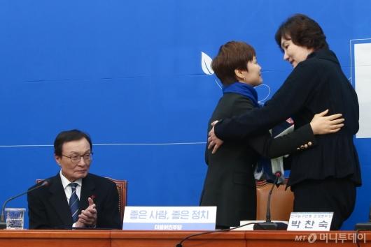 [사진]민주당 영입된 '우생순' 주역 임오경 전 감독