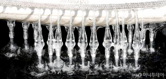 [사진]'엘사 다녀간 한강'