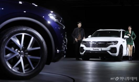 [사진]럭셔리 플래그십 SUV '더 뉴 투아렉'
