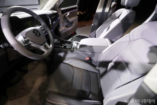 [사진]드라이브 떠나고 싶은 운전석