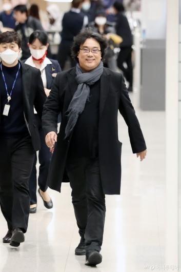 [사진]귀국하는 봉준호 감독