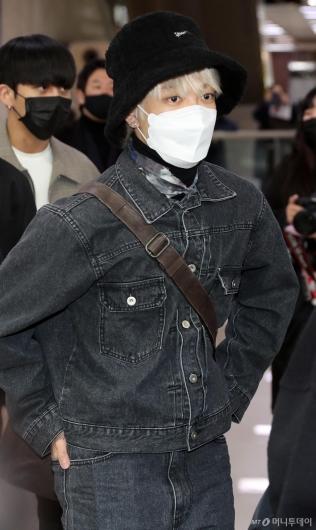 [사진]에이티즈 홍중 '청청도 찰떡소화'