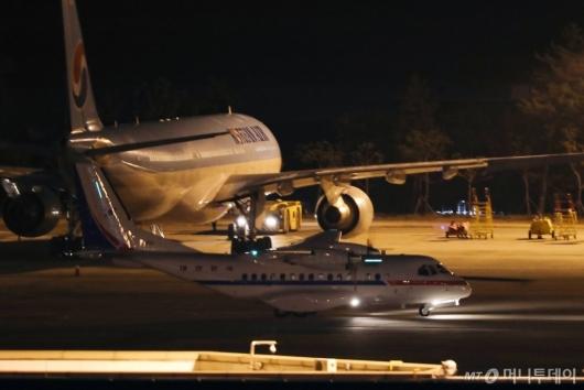 [사진]김포공항 도착한 공군3호기