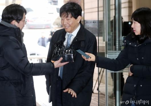 [사진]'타다' 운명의 날 출석한 이재웅 대표