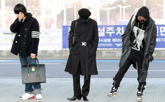 [사진]진-지민-RM '멋진 세남자'
