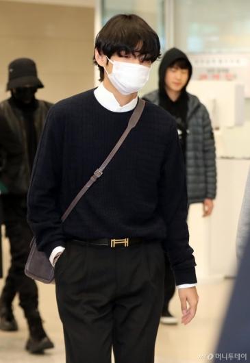 [사진]뷔 '걷기만해도 화보'