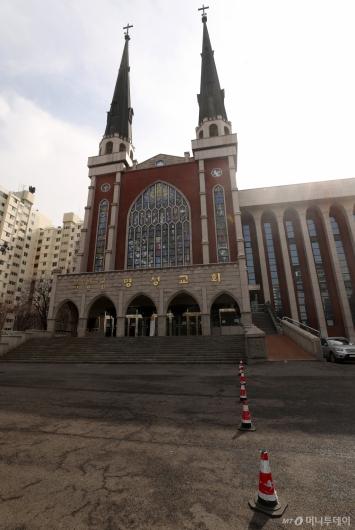 [사진]명성교회 '코로나19' 여파 예배 축소