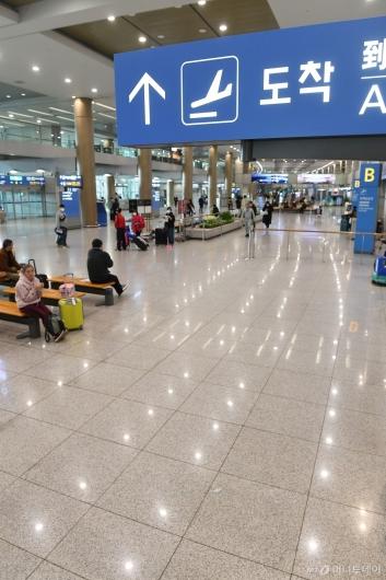 [사진]한산한 인천국제공항 입국장