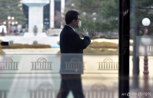 [사진]국회 출입구 통제