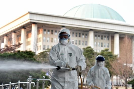 [사진]코로나19에 멈춘 국회