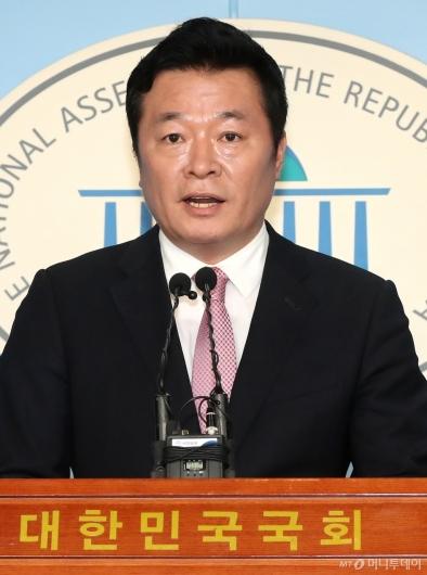 [사진]안철수계 김철근, 미래통합당 입당
