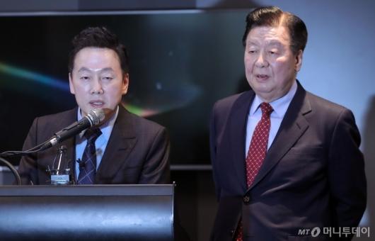 [사진]열린민주당 창당 관련 발언하는 정봉주