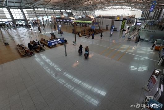 [사진]썰렁한 인천공항 출국장