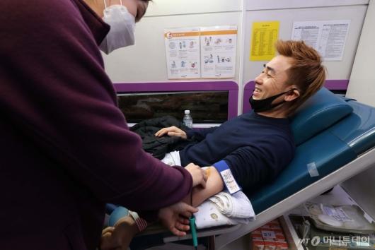 [사진]김병지 '코로나19 혈액 수급 해소를 위해'