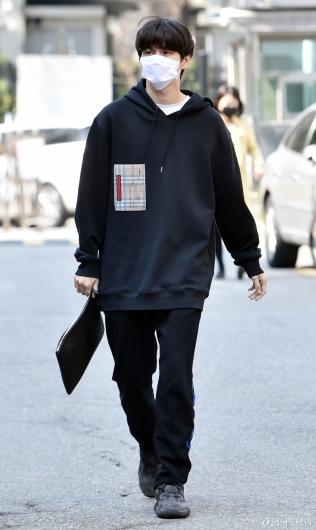 [사진]옹성우 '평상복도 멋지네!'