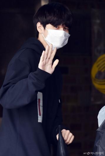 [사진]옹성우 '또 만나요'