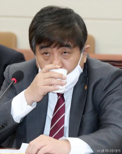 [사진]속타는 한상혁 위원장