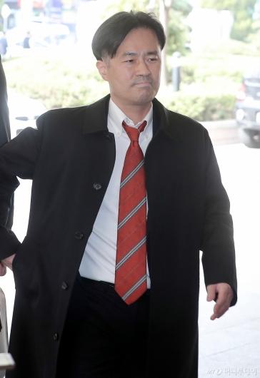 [사진]'조주빈 언급' 김웅, 공판 출석