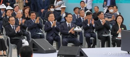 [사진]5·18 기념식 참석한 여야 지도부