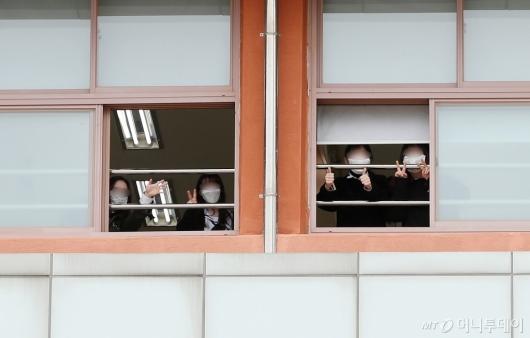 [사진]등교한 고3 학생들
