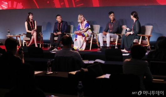 [사진]'키플랫폼 2020' 토론하는 크리에이터들