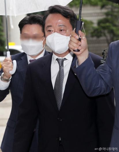 [사진]'인보사 의혹' 이웅열 전 회장 구속 갈림길
