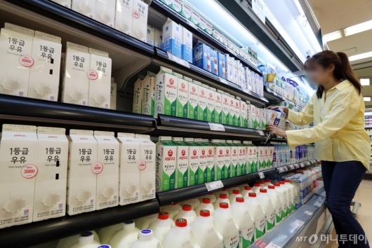 [사진]우유 원윳값 추가 협상 여부…오늘 결정