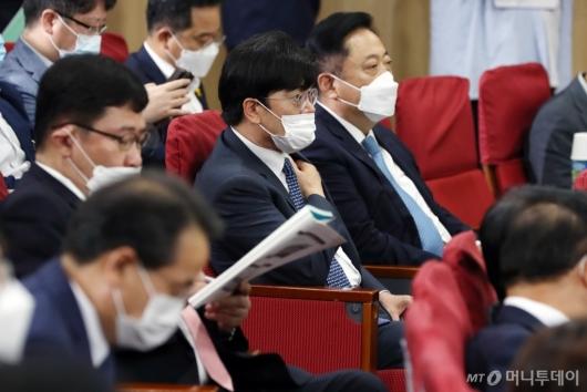 [사진]'국회수소경제포럼' 참석한 공영운 사장